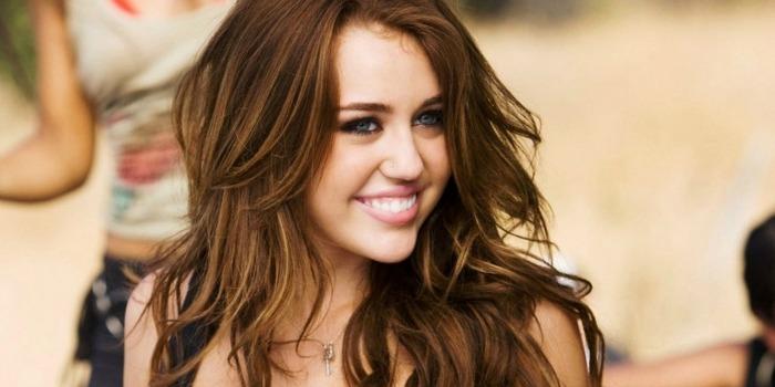 Miley Cyrus e Roberto Carlos são destaques nos cinemas nesta semana
