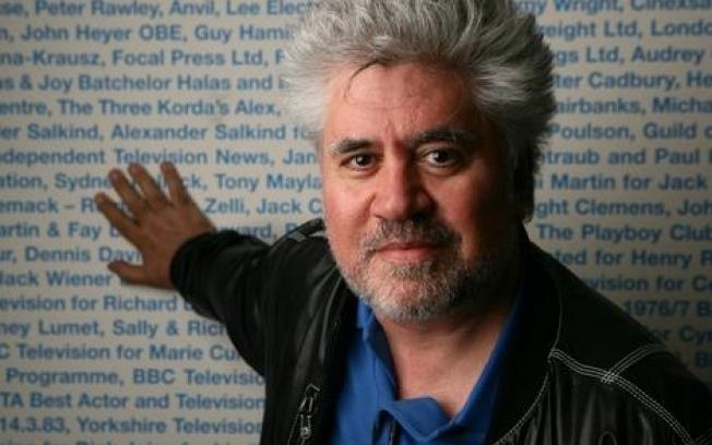 Almodóvar troca nome de filme para não coincidir com produção de Scorsese