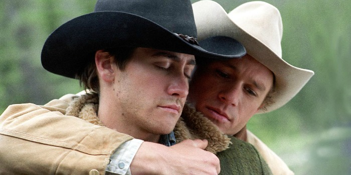 Jake Gyllenhaal relembra Heath Ledger nos 10 anos de 'Brokeback Mountain'