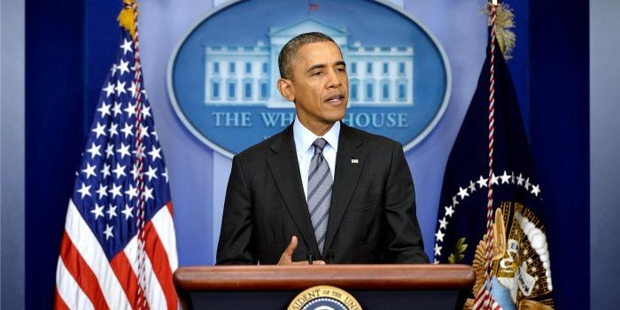 Obama critica decisão da Sony em não exibir filme nos cinemas