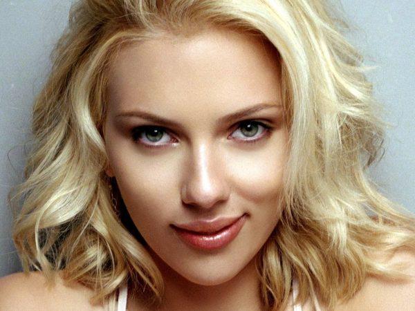 Scarlett Johansson será protagonista de filme de estreia de fotógrafo nos cinemas