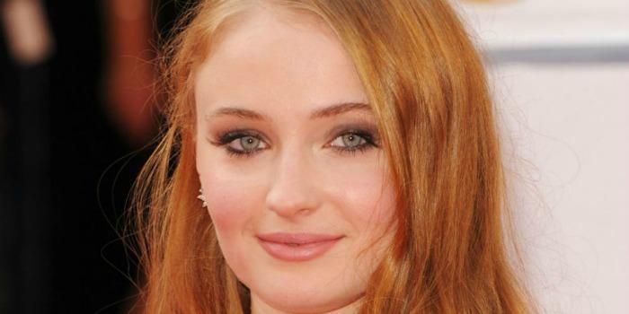 "Surge primeira imagem de Sophie Turner como Jean Grey em ""X-Men: Apocalipse"""