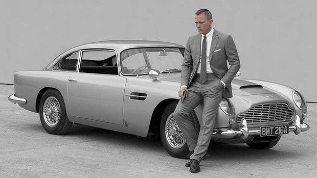 Paralelepípedos de Roma limitam velocidade do Aston Martin de James Bond