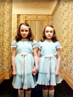 o iluminado gêmeas