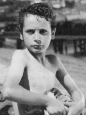Aniki-Bóbó (1942) Manoel de Oliveira