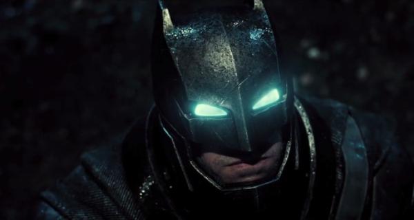 """Assista a versão oficial do trailer de """"Batman vs Superman: A Origem da Justiça"""""""