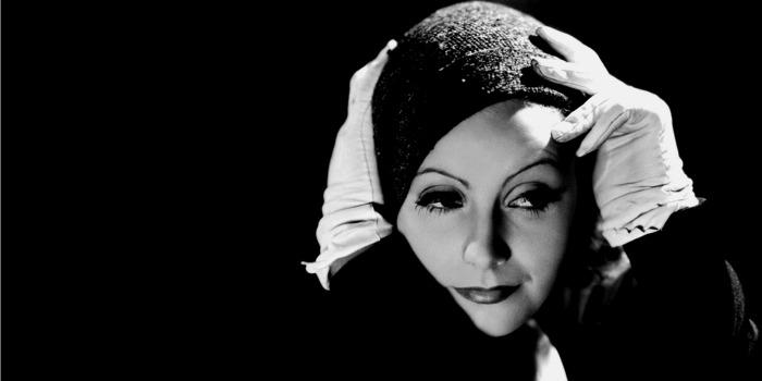 Greta Garbo permanece uma atriz enigmática 25 anos após sua morte