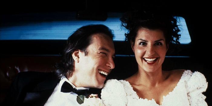 Casamento Grego 2 vai enfrentar Batman vs Superman nos EUA
