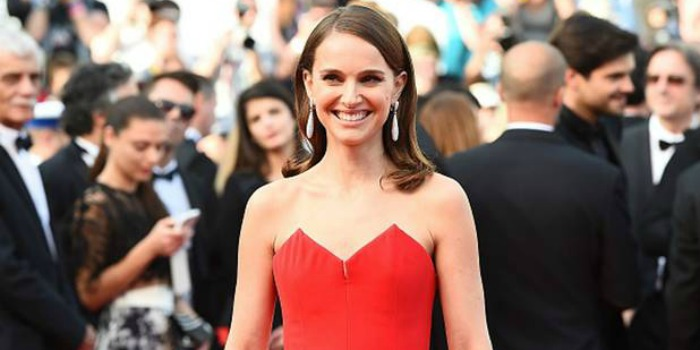 Natalie Portman deve substituir Reese Witherspoon em filme sobre astronauta