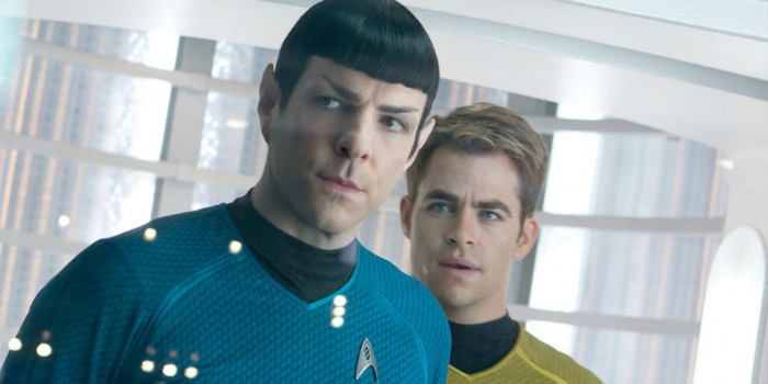 """Filmagens de """"Star Trek 3"""" iniciam com aumentos para o elenco e Pine e Quinto assinando para um quarto filme"""