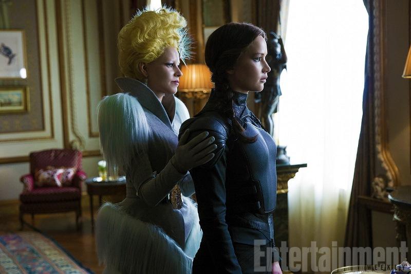 Katniss e Effie em Jogos Vorazes: A Esperança - O Final