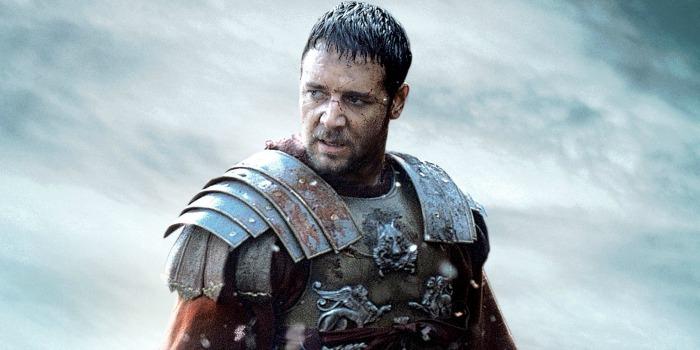 Armadura de 'Gladiador' e traje de 'Mestre dos Mares': os itens do leilão para Russell Crowe pagar divórcio