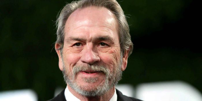 Tommy Lee Jones está confirmado no elenco do novo filme da série Bourne