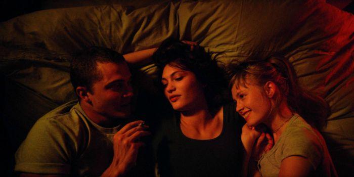 Love 3D enfrenta resistência das redes de cinema no Brasil por cenas de sexo explícitas