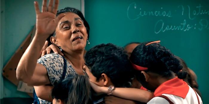 Numa Escola de Havana: menos likes e mais afeto
