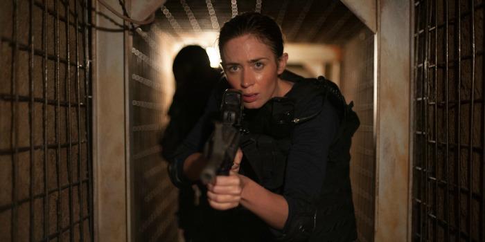Roteirista justifica saída de Emily Blunt da sequência de 'Sicario'