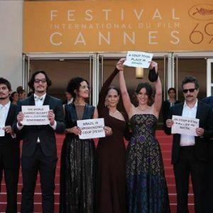 Protesto de Aquarius em Cannes