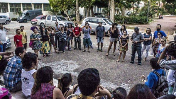 Artistas do Amazonas promovem atos contra o fim do Ministério da Cultura