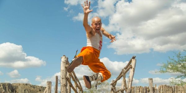 """O Shaolin do Sertão"": entre o local e o global, salvam-se algumas risadas"