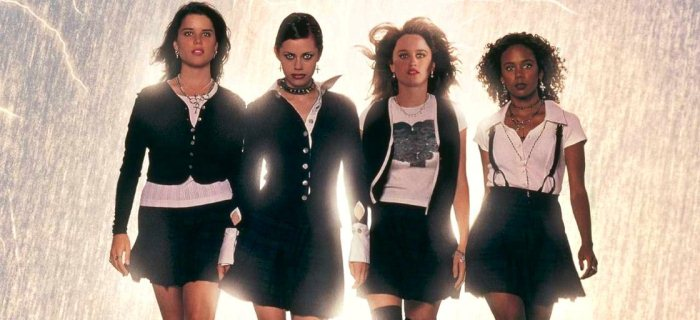 'Jovens Bruxas': 20 anos de um sombrio conto teen