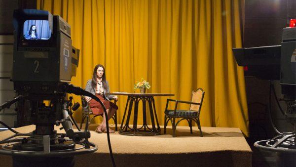 'Christine': atuação impecável de Rebecca Hall supera derrapadas