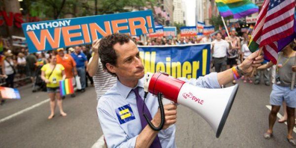 'Weiner': uma face da política crua com doses de auto-sabotagem