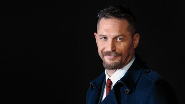 Pierce Brosnan defende Tom Hardy como novo James Bond