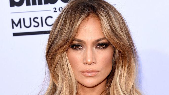 Jennifer Lopez será protagonista da comédia romântica 'Second Act'