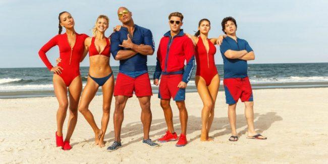 'Baywatch': comédia com Zac Efron e Dwayne Johnson se candidata a pior filme do ano