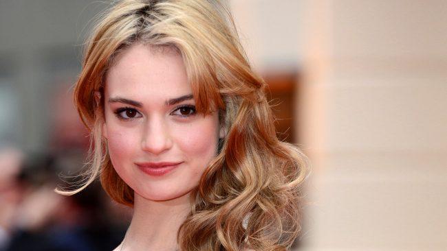 Lily James negocia para comédia romântica de Danny Boyle com diretor de 'Simplesmente Amor'