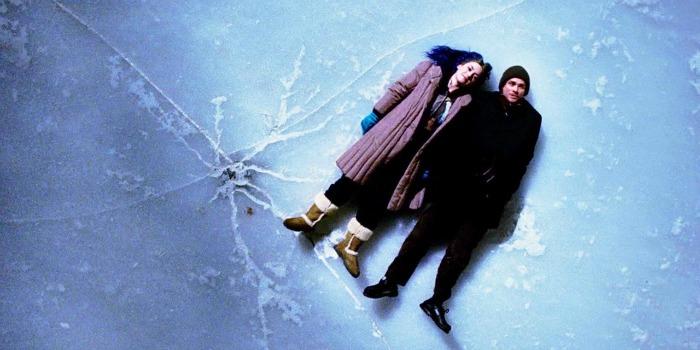 'Brilho Eterno de uma Mente Sem Lembranças': quando o esquecimento dita a dinâmica do relacionamento