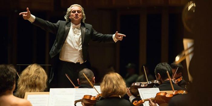 'João, o Maestro': beleza das músicas distrai roteiro problemático