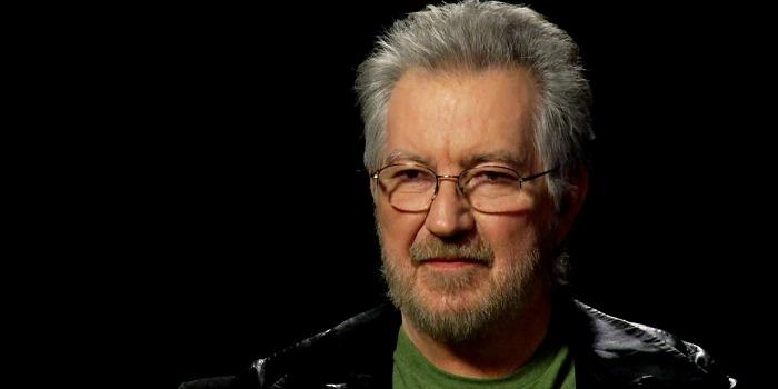 Diretor de 'O Massacre da Serra Elétrica' e 'Poltergeist' morre aos 74 anos