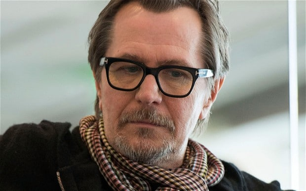 Gary Oldman será protagonista do suspense sobrenatural 'Mary'