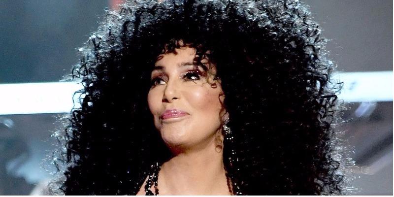 Cher será novidade do elenco da continuação de 'Mamma Mia'