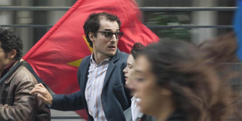 'O Formidável': dupla de atores conduz agradável comédia de Hazanavicius