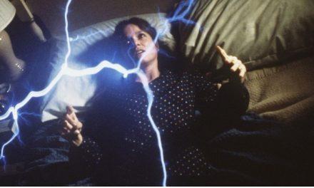'O Enigma do Mal': ótimo terror atmosférico compensa trama esdrúxula