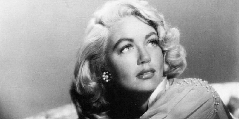 Ganhadora do Oscar, atriz Dorothy Malone morre aos 92 anos de idade