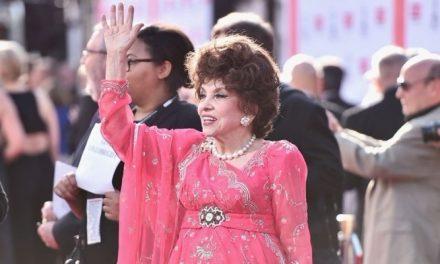 Hollywood homenageia estrela italiana Gina Lollobrigida
