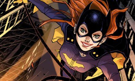 Roteirista de 'Bumblebee' assume vaga de Joss Whedon em 'Batgirl'
