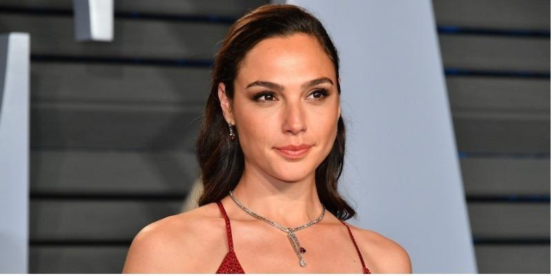Gal Gadot está cotada para estrelar filme sobre Fidel Castro
