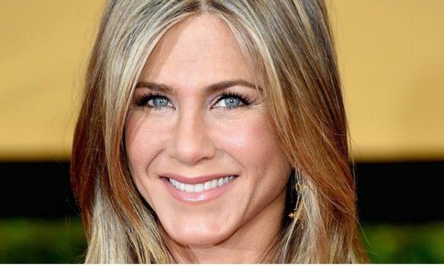 Netflix adquire comédias estreladas por Jennifer Aniston e Jennifer Garner