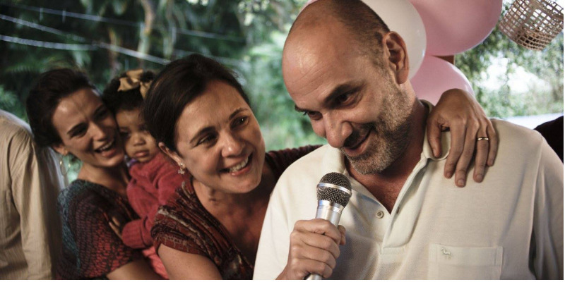 'Canastra Suja': excessos prejudicam potencial de drama familiar