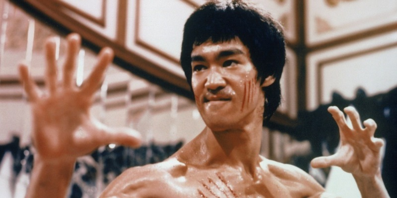 Diretor de 'Deadpool 2' deve comandar remake de clássico de Bruce Lee