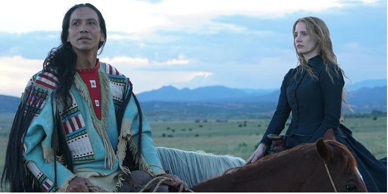 'Woman Walks Ahead': filme bem intencionado escorrega em roteiro equivocado