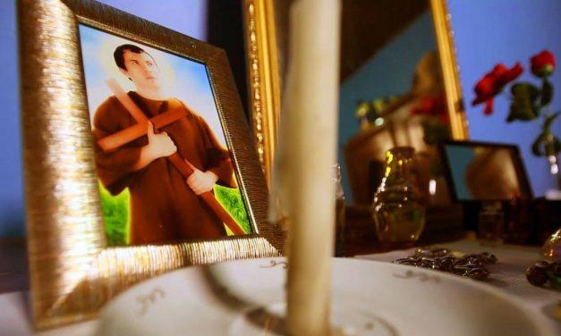 Izis Negreiros lança a comédia 'Santo Casamenteiro' neste sábado, em Manaus