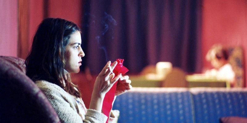 'A Mão que Afaga': curta tragicômico de olhar sensível sobre a solidão