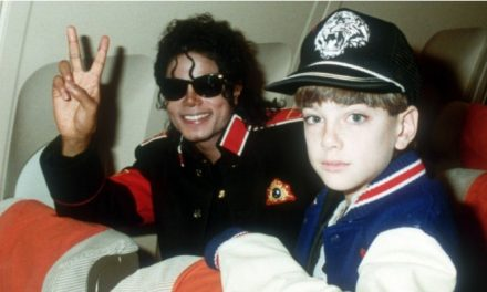 'Leaving Neverland': registro impactante de crimes não mais silenciados
