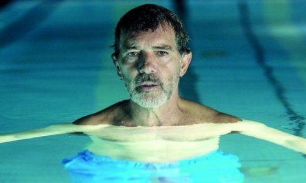'Dor e Glória': terapia pública de Almodóvar rende grande filme