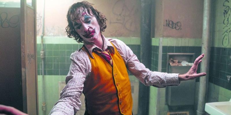 'Coringa': Joaquin Phoenix brilhante em filme muito longe da obra-prima